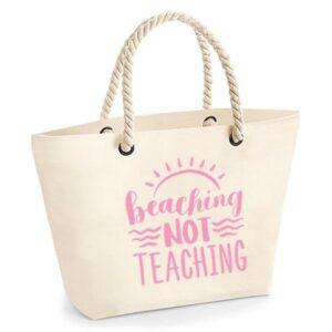 bedankt-juf-tas-strand-vakantie-beach-afscheid-schooljaar-einde-basisschool-leerkracht-juffen-lerares-leerkracht-ecru-baby-pink