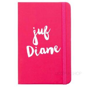cadeau-juf-kerst-verjaardag-afscheid-juffendag-opvang-kinderdagverblijf-peuterspeelzaal-meester-leerkracht-lerares-schooljaar-notitieboek-naam-juf-roze
